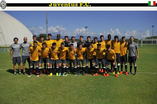 Foto LaPresse - Marco Alpozzi 10 08 2016 Vinovo Italia ) Sport Juventus Under17, ripresa delle attività per la stagione 2016-2017 Nella foto: Photo LaPresse - Marco Alpozzi August 10, 2016 Vinovo ( Italy ) Sport Juventus U17, resume of activities for the 2016-2017 season In pic: