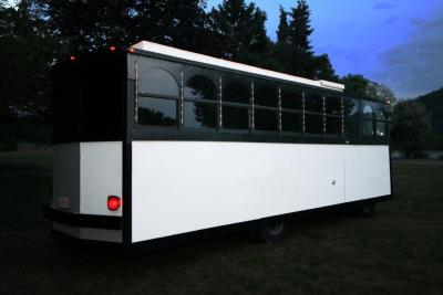 2012-limo-trolley-22-passenger-conversion-05