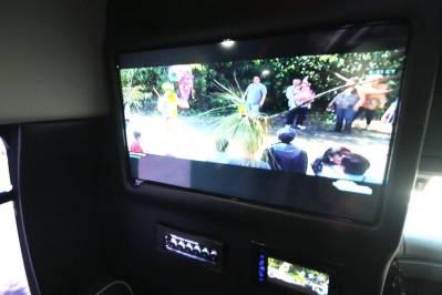 Limo-Bus-22-Passenger-Party-Bus-no10-13