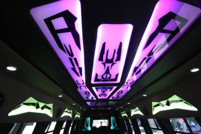 Limo-Bus-22-Passenger-Party-Bus-no10-13