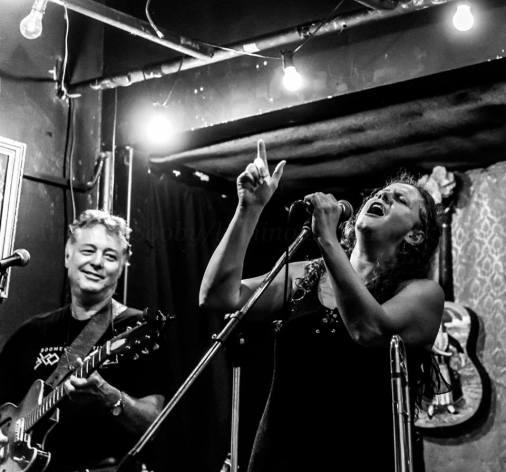 'Trombone Kellie & Scrubby Pete Duo'