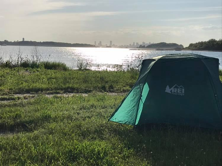 camping on Harbor Island