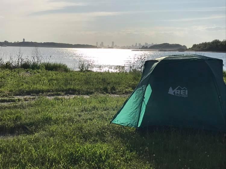 camping on Harbor Island