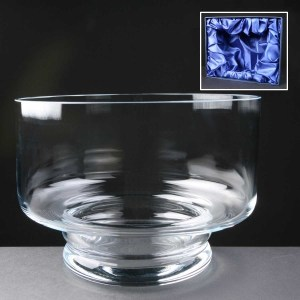 Balmoral Glass Engraved Glass Bowls Supplied In A Satin Lined Presentation Box. Price Includes Engraving.