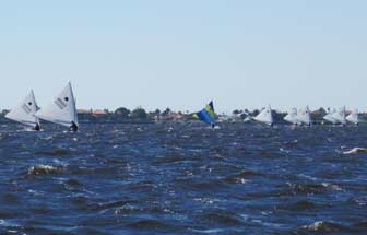 Sunfish race to reach mark