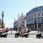 PIAGGIO MP3 SCOOTER tour through Havana by tropicalcubanholiday.com