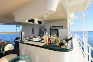 Luxury Yach Avalon I Roof Bar-Diving tour Cuba