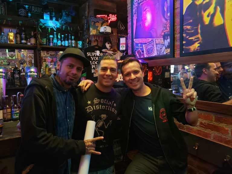 Wrong Way Bar: Donde el punk se une en Madrid