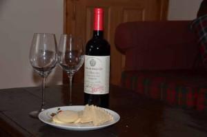 wine-biscuits-cottage