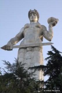 ESTATUA DE LA MADRE DE GEORGIA, TBILISI