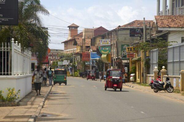 CALLE EN NEGOMBO