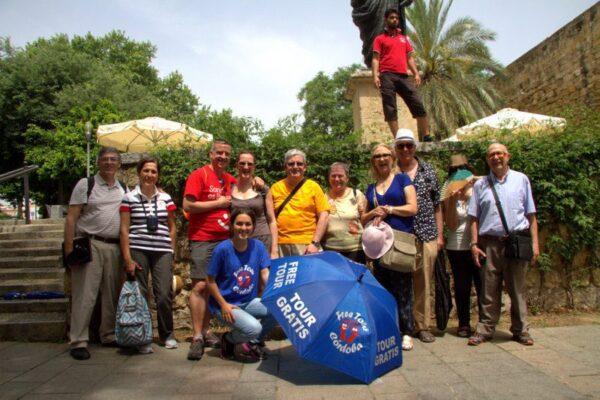 FOTO DE GRUPO DEL FREE TOUR EN CÓRDOBA