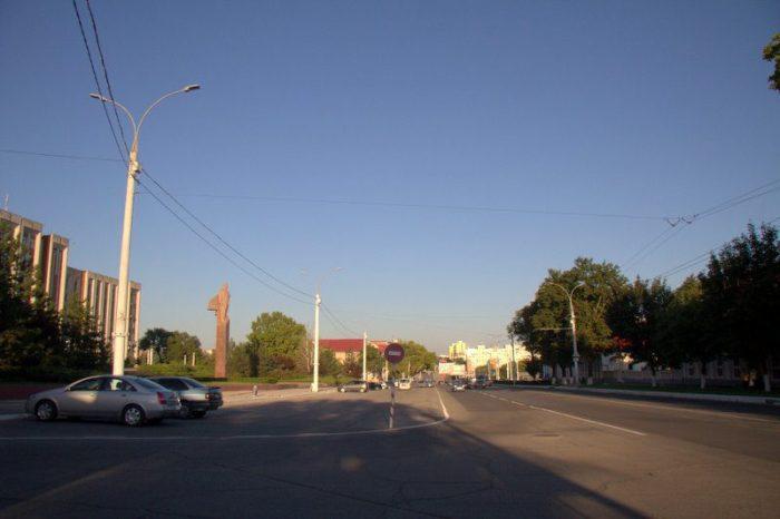 AVENIDA 25 DE OCTUBRE, TIRASPOL