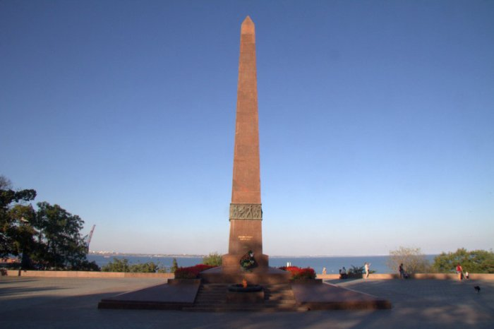 OBELISCO MEMORIAL AL MARINERO DESCONOCIDO, ODESSA