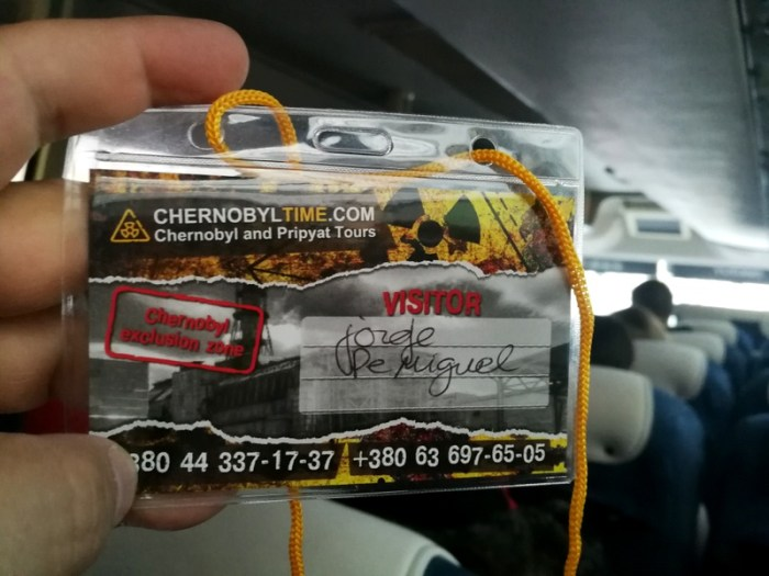 ACREDITACIÓN PARA EL TOUR DE CHERNOBYL
