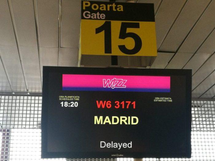 RETRASO DEL VUELO DE REGRESO A MADRID