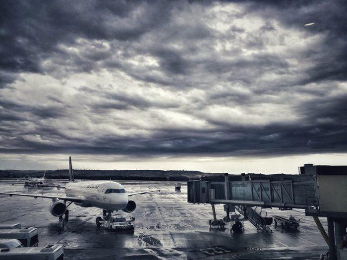 CIELO ENCAPOTADO EN EL AEROPUERTO DE MADRID