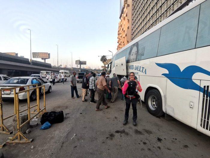 LLEGADA AL CAIRO EN BUS DESDE SIWA