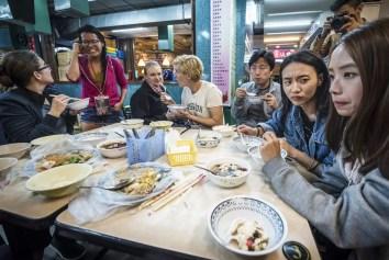 Wat te doen in Taipei - street food eten op de Jingmei Night Market