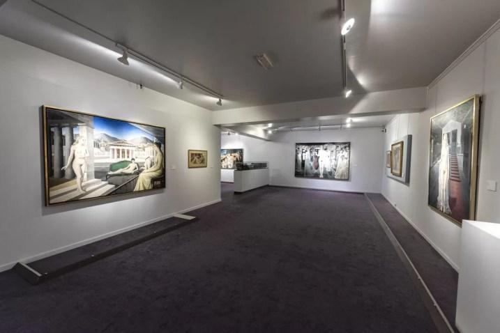 Museum Paul Delvaux Sint-Idesbald binnen