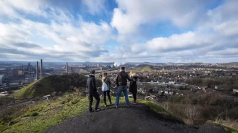 uitzicht vanop de mijnterril tijdens de Charleroi Safari