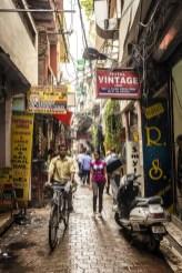 Het steegje van Smyle Inn Hostel in New Delhi