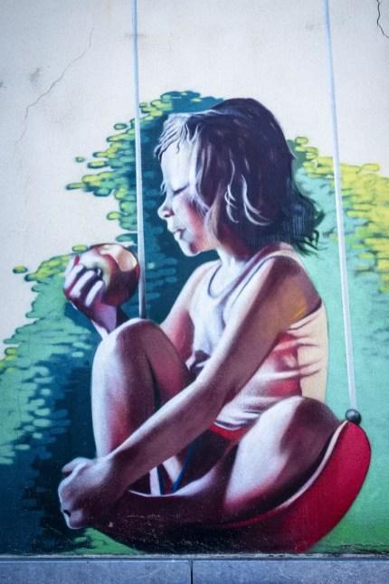 Street Art in Antwerpen - Biohofke by Smates