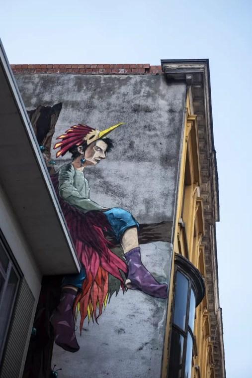 Street Art in Antwerpen - Dreamin' by Larsen Bervoets