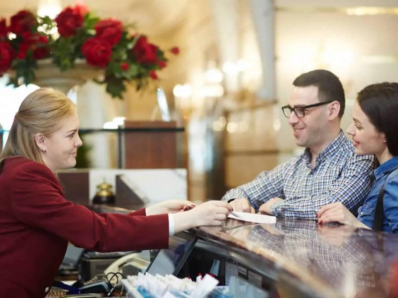 Currículo para Recepcionista de Hotel Download