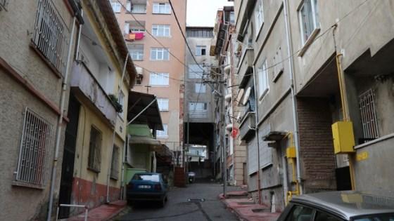 Αυτό παρατηρήθηκε επίσης στη Μαύρη Θάλασσα: η πολυκατοικία κάτω από το δρόμο