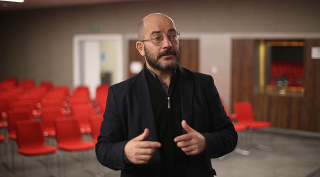 İbni Haldun Üniversitesi Öğretim Üyesi Dr. Mehmet Özay