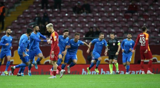 Galatasaraya kupada büyük şok