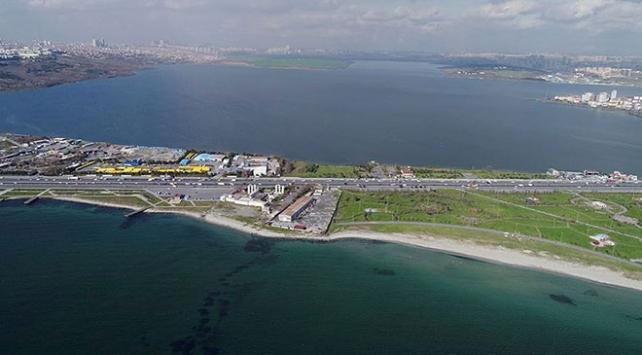 Bakan Turhan: Kanal İstanbulu 2026 gibi tamamlamış olacağız