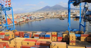 Napoli_porto_terminal_container