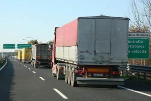 Autostrada_A4_Portogruaro_camion