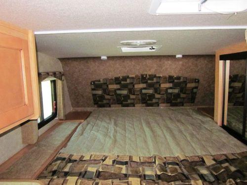 2015-89rb-bedroom-1
