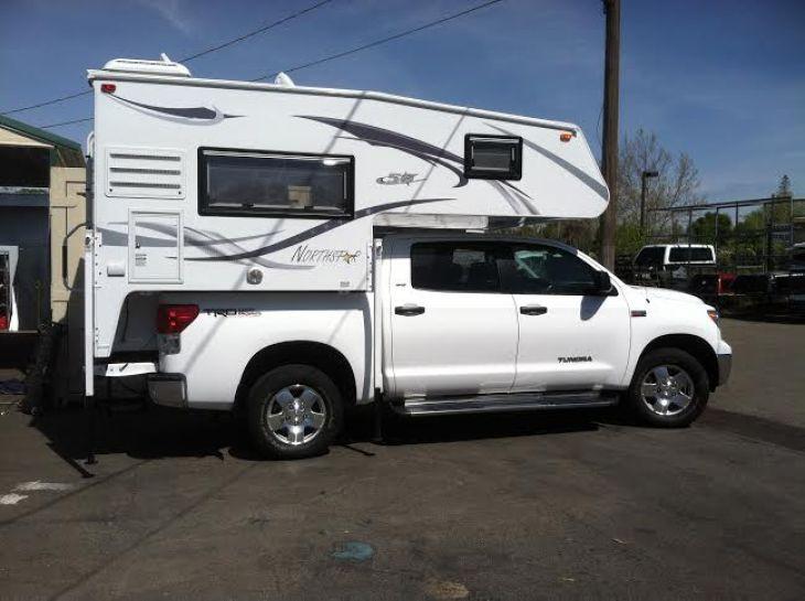 top 5 truck campers for half ton trucks truck camper adventure. Black Bedroom Furniture Sets. Home Design Ideas