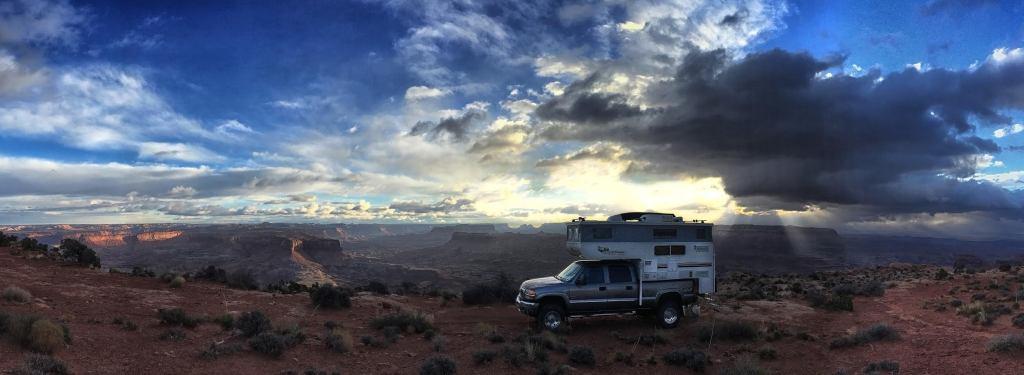 whazoo1 - Truck Camper Adventure