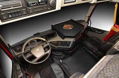 tapis capot moteur gamme prestige volvo fh4 noir stock