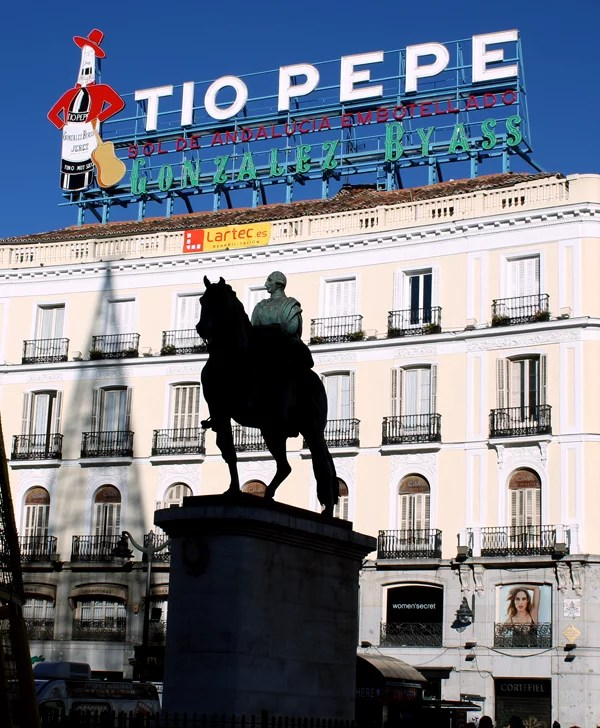 Mis imprescindibles de madrid findea o edition for Cartel tio pepe madrid