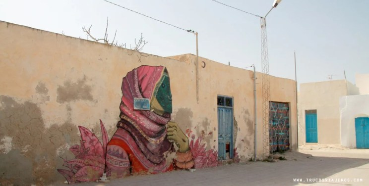 Tunisian women street art