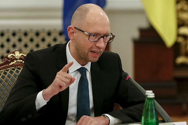 Кредиторы решили списать 3 млрд долл. долга Украины - Яценюк
