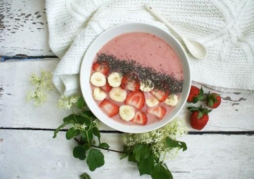 Joghurt mit Erdbeeren