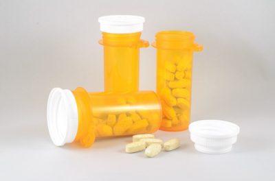 https://pixabay.com/es/medicina-botella-m%C3%A9dica-de-salud-2520463/