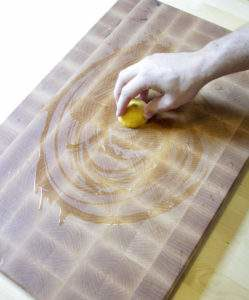 This way of cleaning wooden cutting boards is great because you probably already have everything you need in the kitchen already and no chemicals are used.