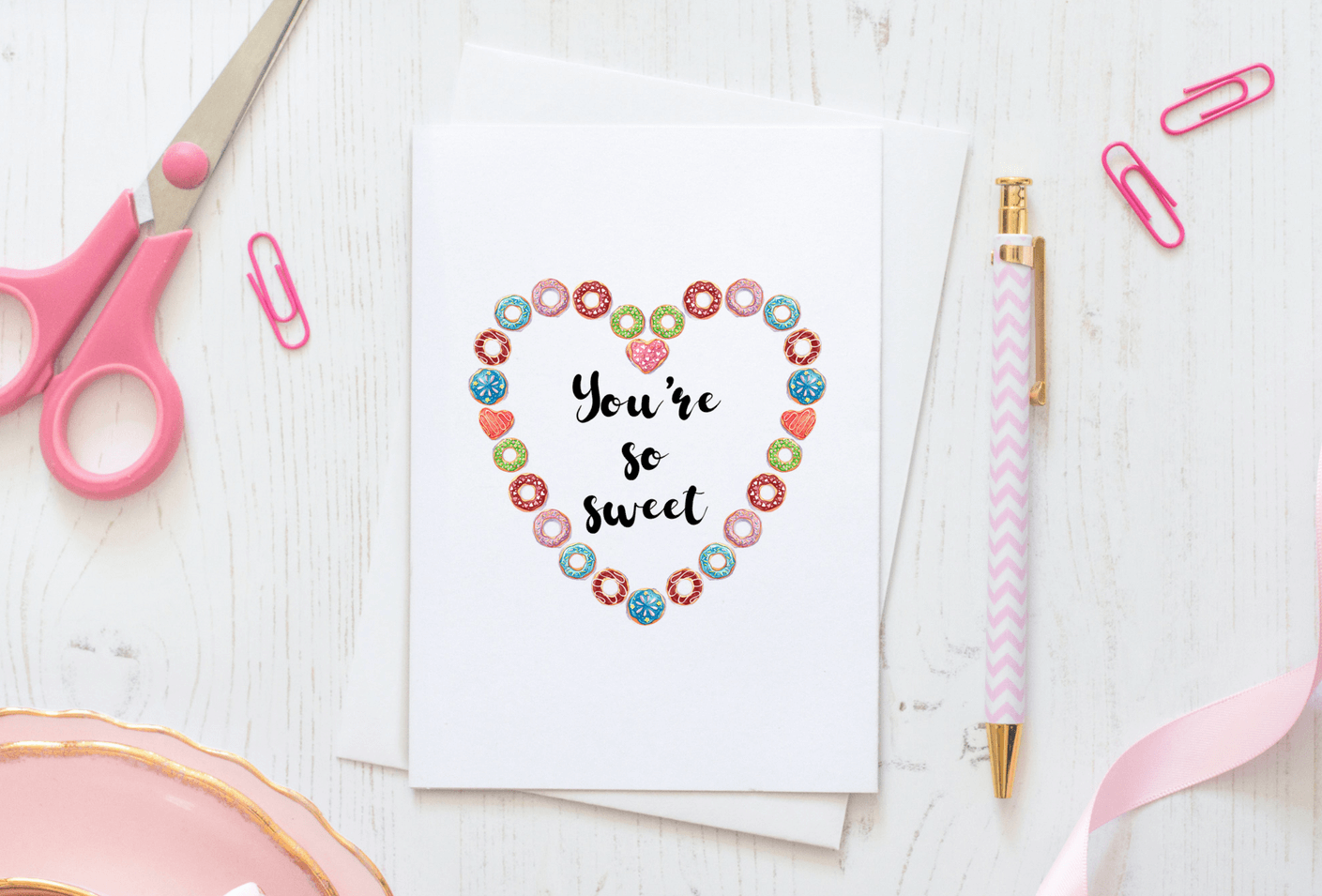 It's doughnut time! Download a free Thank You doughnut themed greeting card. This cute free printable DIY card with a pretty watercolor illustration donut design on the front and inside of the card. Click to read more and download your card at www.trueblissdesigns.com now. #freeprintable #greetingcards #thankyou