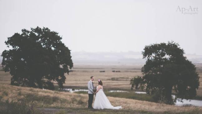 kent wedding celebrant true blue ceremonies katie keen ap-art photography kingshill barn elmley nature reserve sheppey