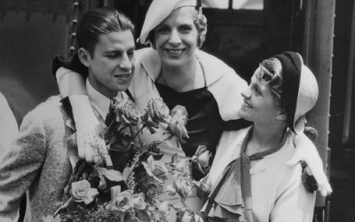 A Profile In Courage: The Amazing Story of Aimee Semple McPherson