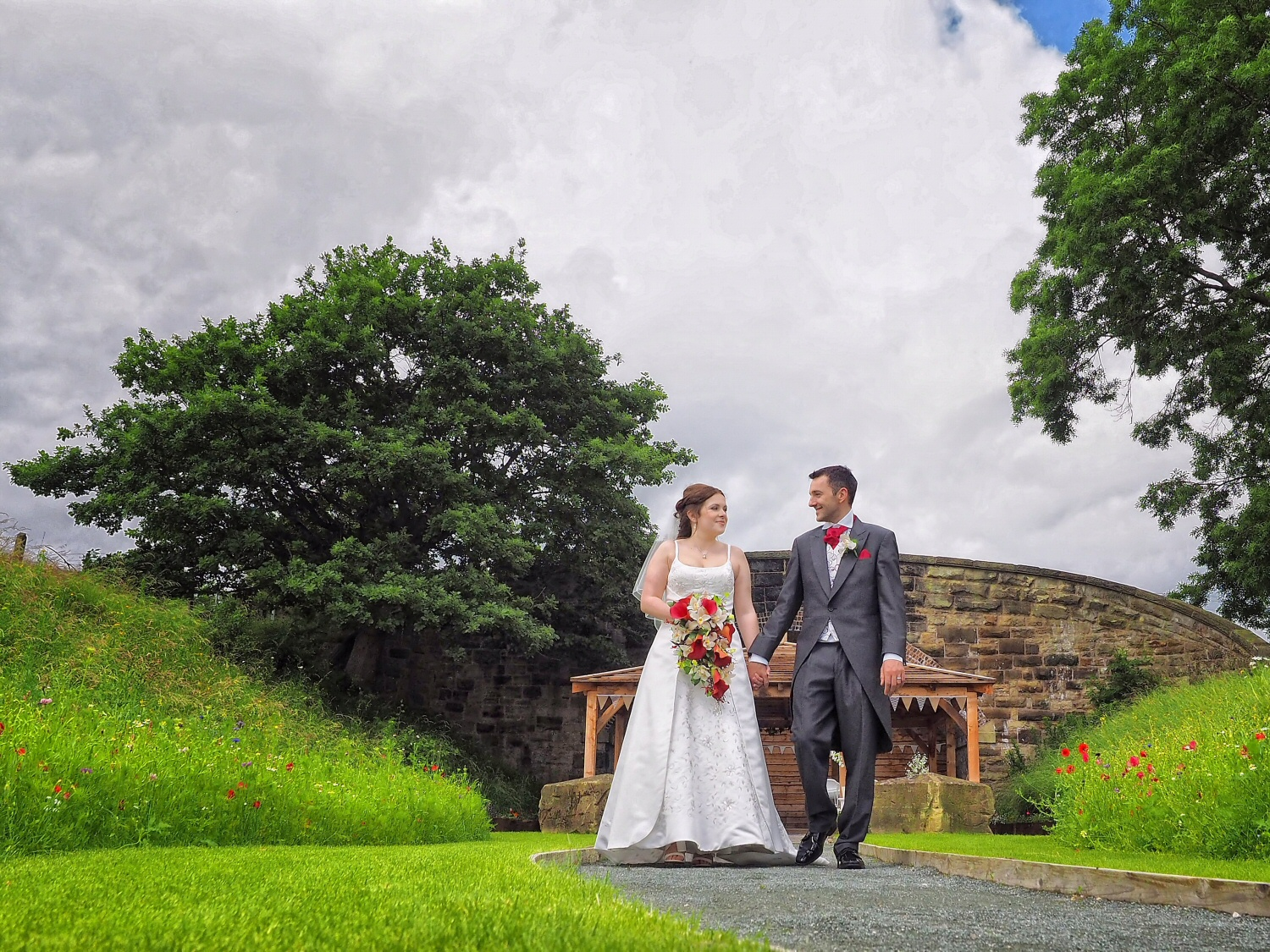 local photographer covering weddings at Tower Hill Barns near Wrexham and LLangollen