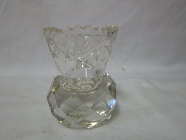 1800's Crystal toothpick holder Great condition saw tooth rim etched pattern top